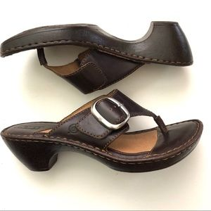 Born Brown Leather Thong Comfort Slide Sandals 7